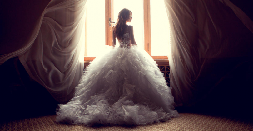 What Wedding Dress Is Perfect For You According To Your Zodiac Sign